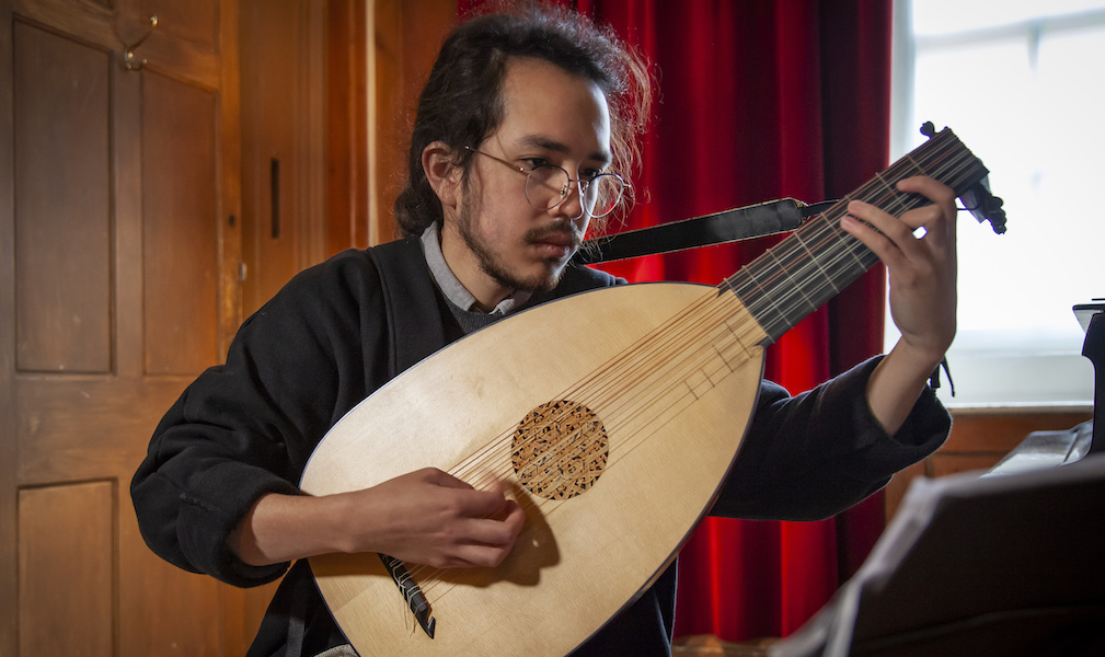 Lunchtime Concert - Sergio Bucheli